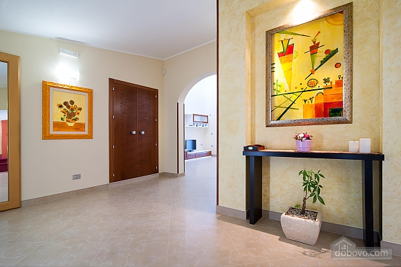 Spacious villa with pool, Four Bedroom (24310), 018