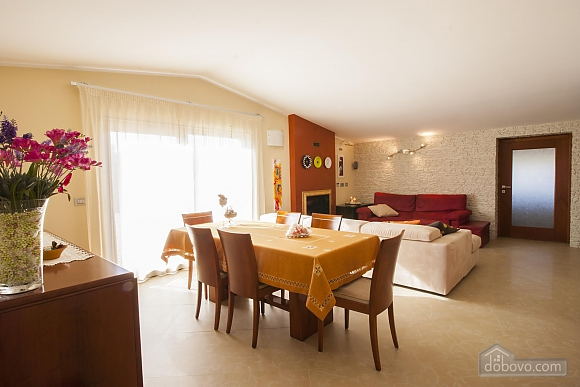 Spacious villa with pool, Four Bedroom (24310), 025