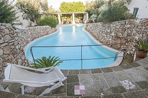 Pool Trullo and Nature Preserve, Trois chambres, 004