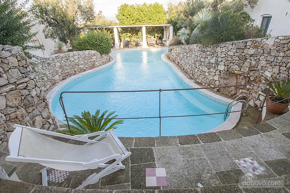 Pool Trullo and Nature Preserve, Trois chambres (94840), 004