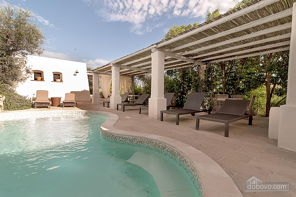 Villa and pool inside the park, Una Camera (13875), 008