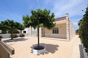Villa 200 meters from the sea, Trois chambres, 001