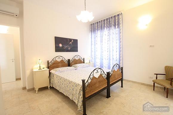 Villa 200 meters from the sea, Three Bedroom (80365), 026