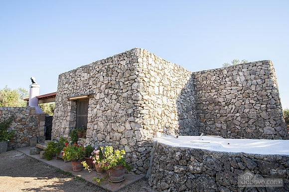 Trullo in 8000 square meter park, Deux chambres (56540), 005