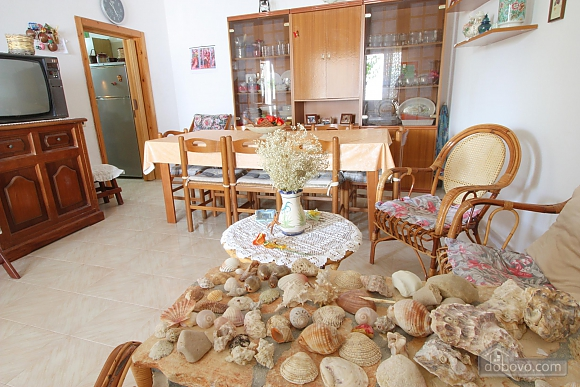 Vacation house in seaside town, Four Bedroom (10733), 004