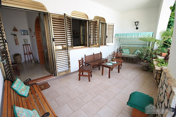 Vacation house in seaside town, Four Bedroom (10733), 006