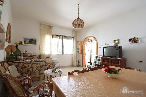 Vacation house in seaside town, Four Bedroom (10733), 011
