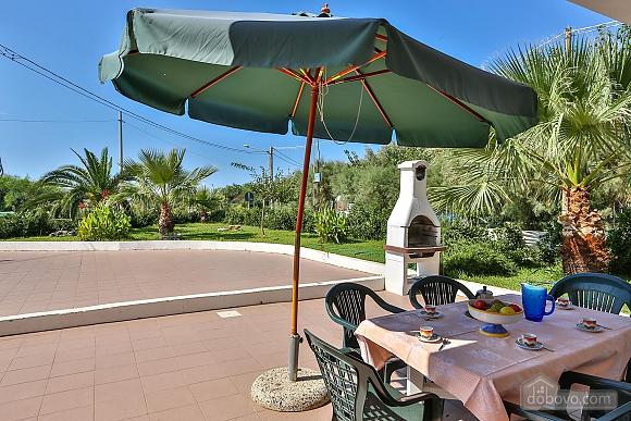 Holiday house near sandy beach, Due Camere (68706), 001
