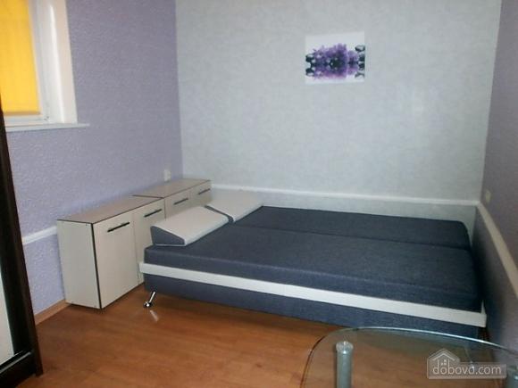 Хорошая новая квартира, 1-комнатная (36192), 005