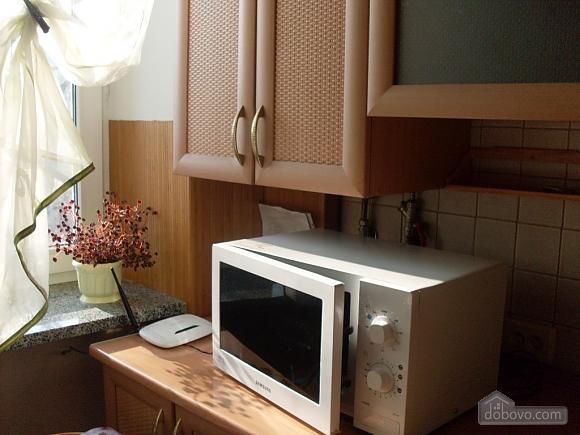 Затишна і світла квартира з євроремонтом, 1-кімнатна (58774), 006