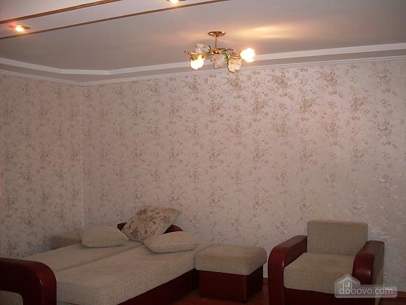 Затишна і світла квартира з євроремонтом, 1-кімнатна (58774), 001