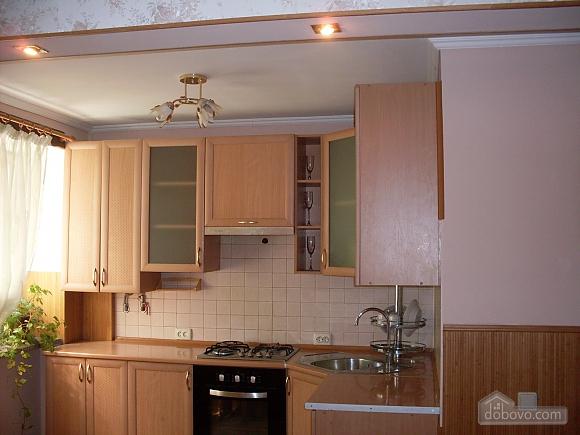 Затишна і світла квартира з євроремонтом, 1-кімнатна (58774), 005