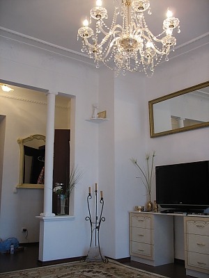 Apartment on the avenue of Karl Marx, Un chambre, 003