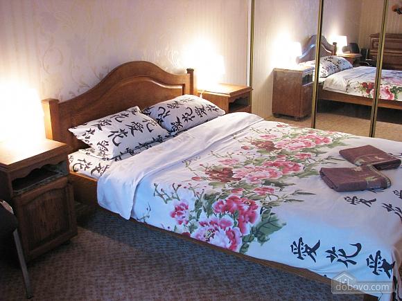 Apartment in a good area with convenient transport interchange, Una Camera (81488), 011