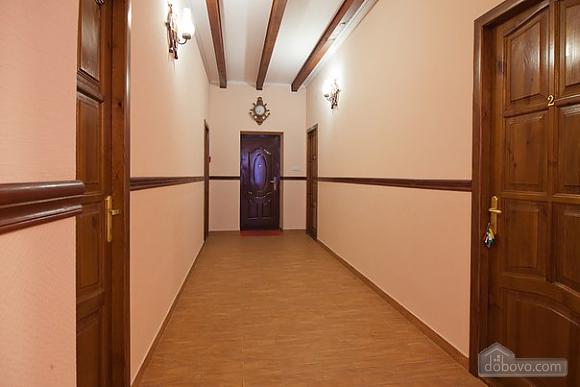Шклярука, 1-комнатная (59170), 006