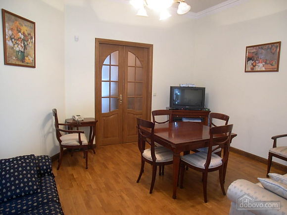 Large apartment, Two Bedroom (37510), 002