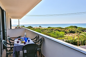 Seaside holiday house, Two Bedroom, 001