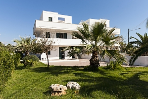 Seaside holiday house, Two Bedroom, 003