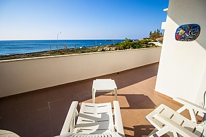 Beautiful beachfront villa, Quatre chambres, 001