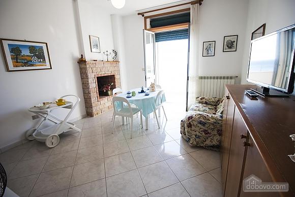 Beautiful beachfront villa, Quattro Camere (32717), 007