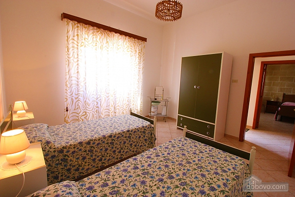 Home 250 meters from the sea, Deux chambres (84245), 003