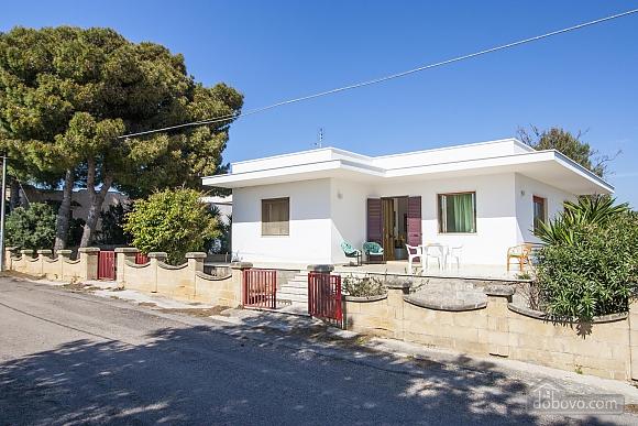 Spacious seaside villa in Torre Suda, Due Camere (90475), 001
