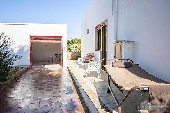 Spacious seaside villa in Torre Suda, Due Camere (90475), 012