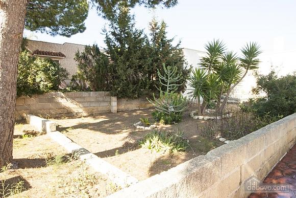 Spacious seaside villa in Torre Suda, Due Camere (90475), 013