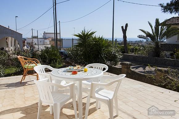 Spacious seaside villa in Torre Suda, Due Camere (90475), 019
