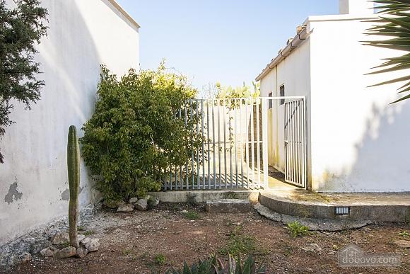Spacious seaside villa in Torre Suda, Due Camere (90475), 023