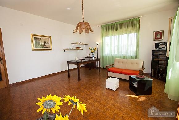 Spacious seaside villa in Torre Suda, Due Camere (90475), 024