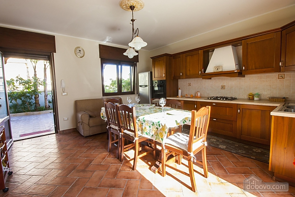Villa 150 meters from the sea, Vierzimmerwohnung (55677), 002