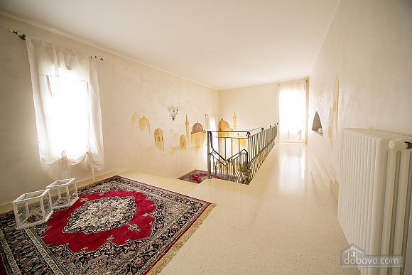 Lovely villa with pool, Trois chambres (17870), 015
