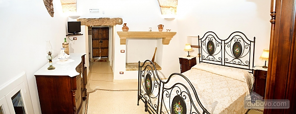 Historic residence, Tre Camere (99719), 006