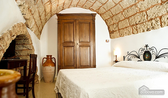 Historic residence, Tre Camere (99719), 008