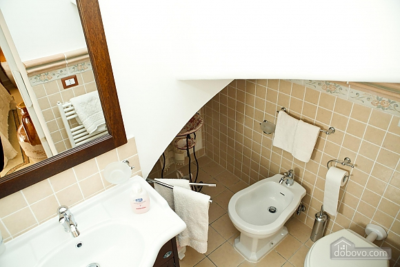 Historic residence, Tre Camere (99719), 025