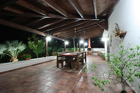 Villa with pool and lush garden, Four Bedroom (55699), 010