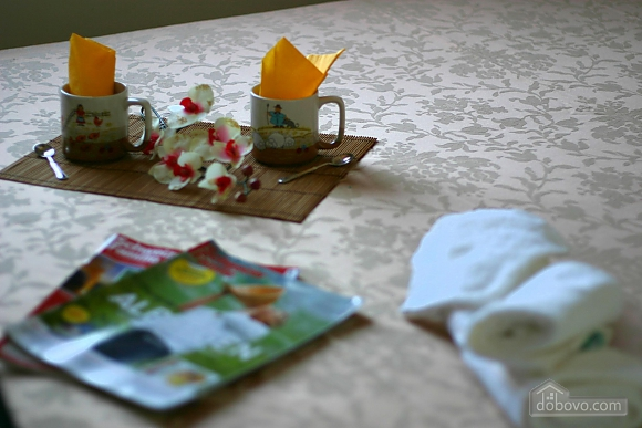 Вилла с бассейном и садом, 5ти-комнатная (55699), 011