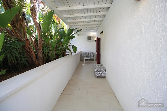 Villa with pool 50mt from the Beach, Two Bedroom (22302), 023