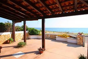 Pleasant Beachfront Villa, Tre Camere, 002