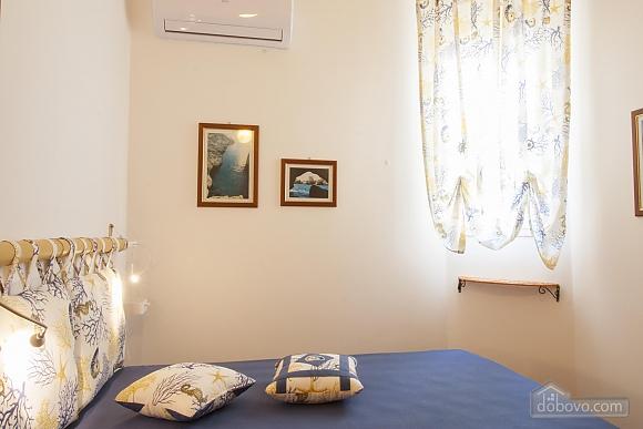 Приятная вилла на побережье, 4х-комнатная (74800), 016