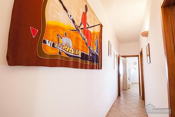 Приятная вилла на побережье, 4х-комнатная (74800), 019