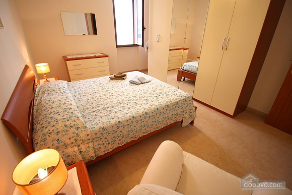 Home 400 meters from the sea, Vierzimmerwohnung (56977), 003