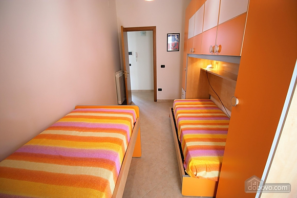 Home 400 meters from the sea, Vierzimmerwohnung (56977), 012