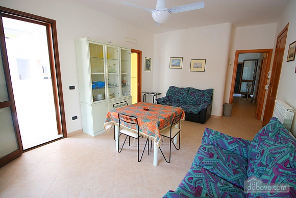 Home 400 meters from the sea, Vierzimmerwohnung (56977), 015
