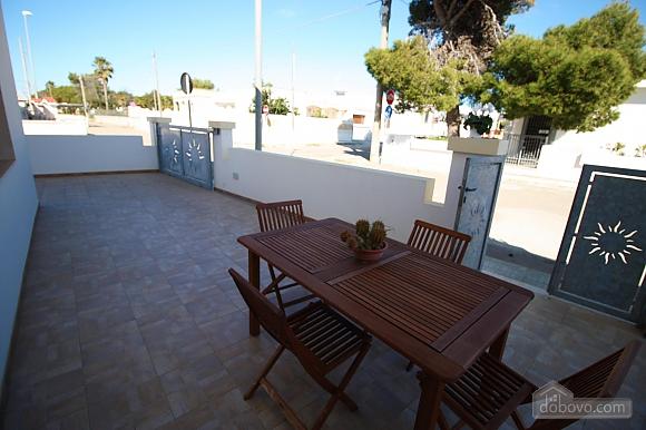 Low cost beach villa, Tre Camere (46478), 001