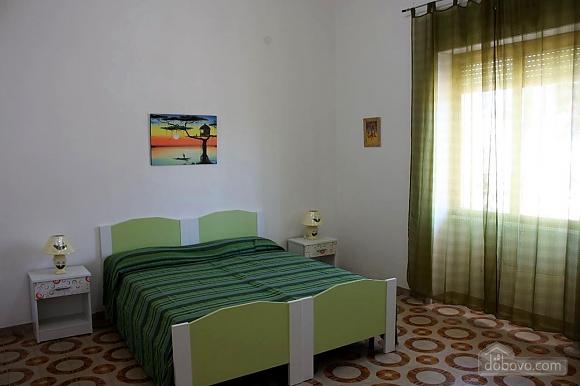 Low cost beach villa, Tre Camere (46478), 002