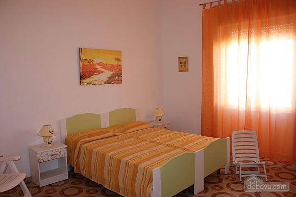 Low cost beach villa, Tre Camere (46478), 003