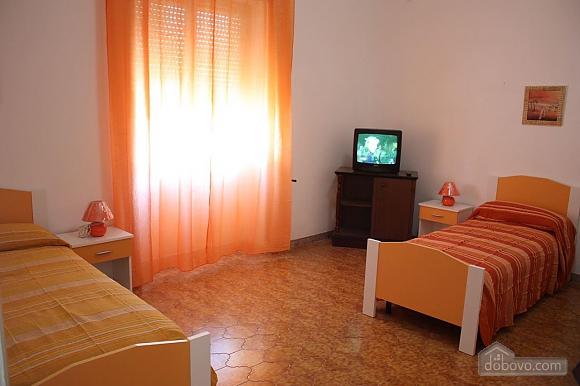 Low cost beach villa, Tre Camere (46478), 007