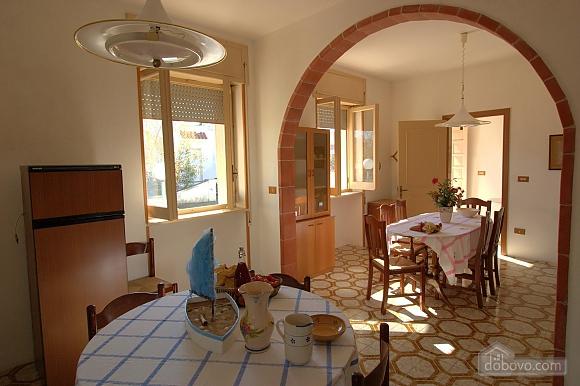 Spacious seaside villa, Tre Camere (11058), 004